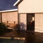 réalisation store Péi – terrasse bois de méranti blanc cérusé