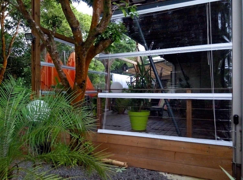 store sur mesure store pvc transparent traitement anti uv. Black Bedroom Furniture Sets. Home Design Ideas